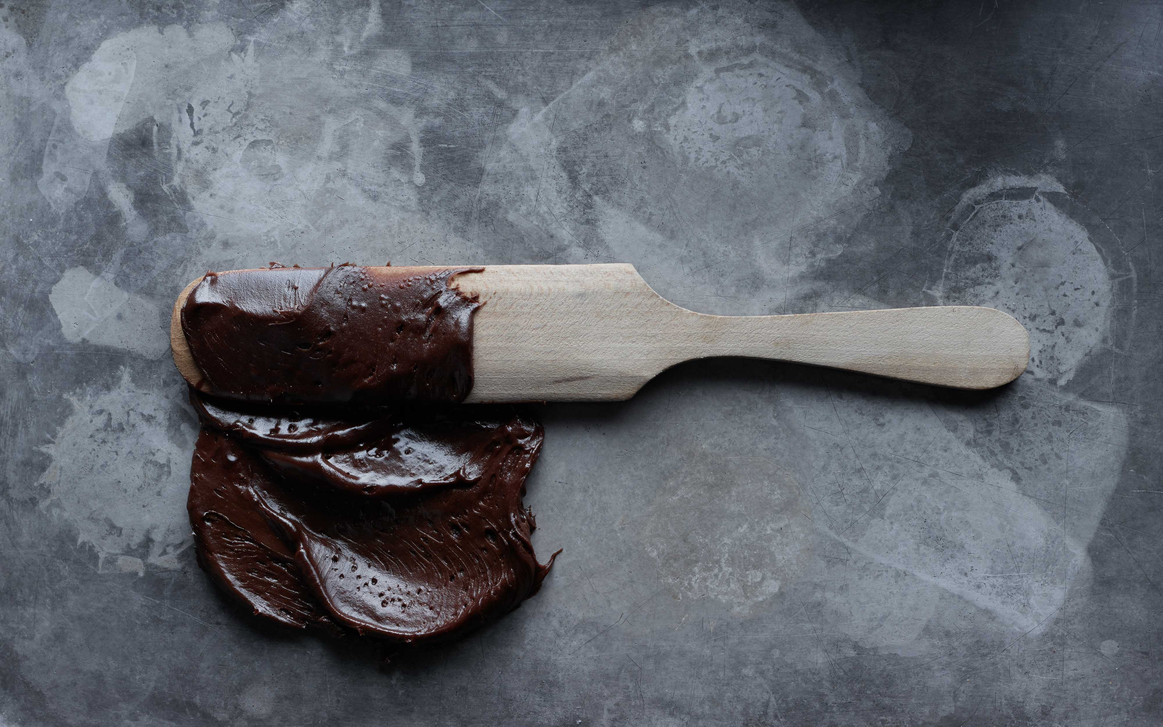 chocolate-frosting-spatula